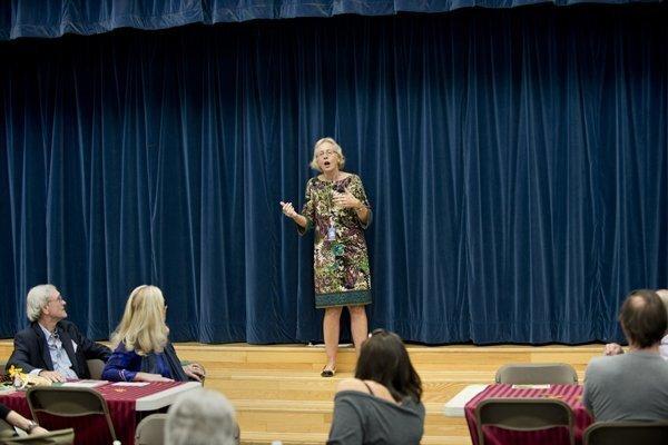 Principal Wendy Wardlow