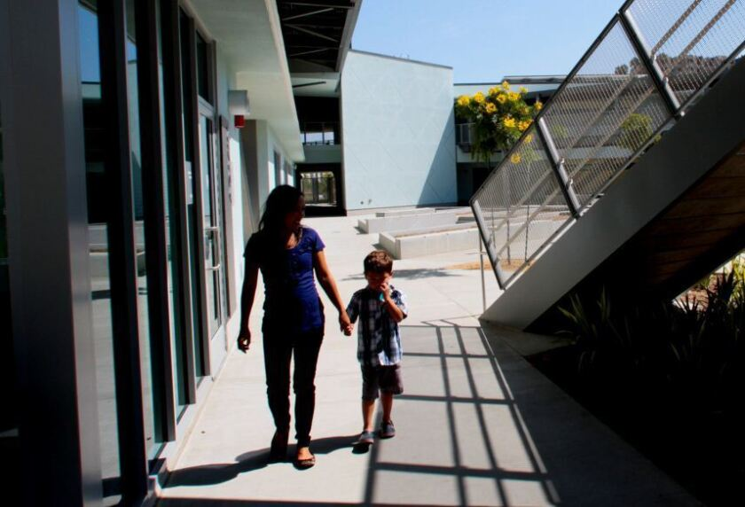 Narcissistic kid? Blame the parents, study says - Los