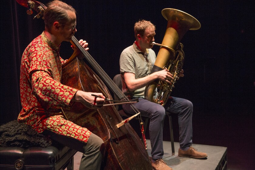 Reidemeister Move performs as a duo of bass and tuba.