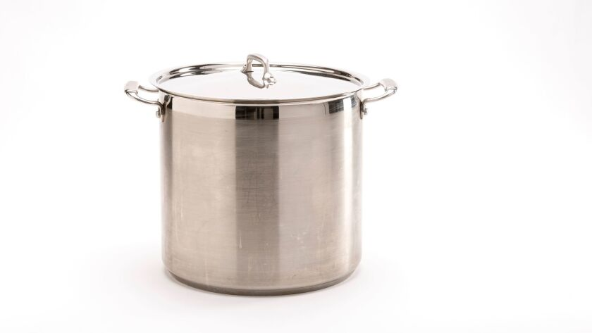 Lidded pot, where to cook bone broth and stock.