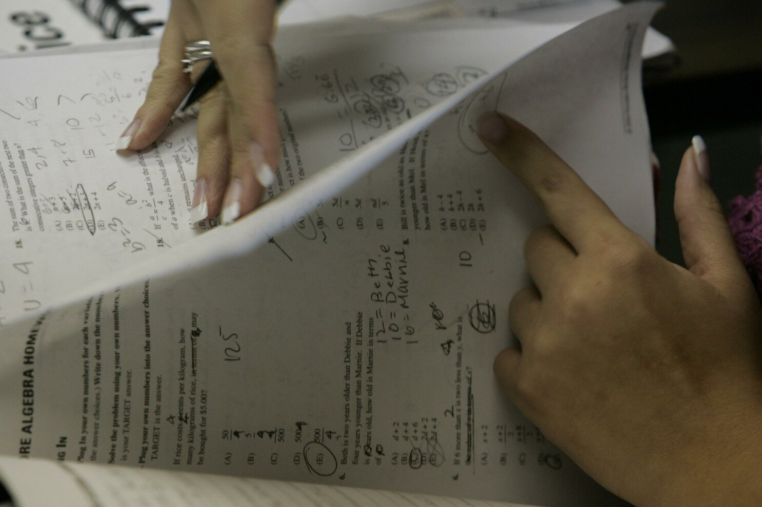 Teachers, experts question traditional ways of grading