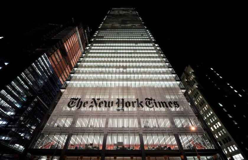 """Imagen de archivo muestra la fachada del edificio del """"New York Times"""", en Nueva York (EE.UU), el 8 de diciembre de 2008. EFE/Archivo"""