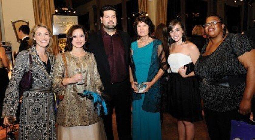 Emily Morgan, Melissa and James Whittenberg, Sharon Delphenich, Shauna Dobson, Dominique Cleveland (Photo: Jon Clark)