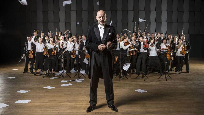 Emmanuel Villaume and the PKF-Prague Philharmonia
