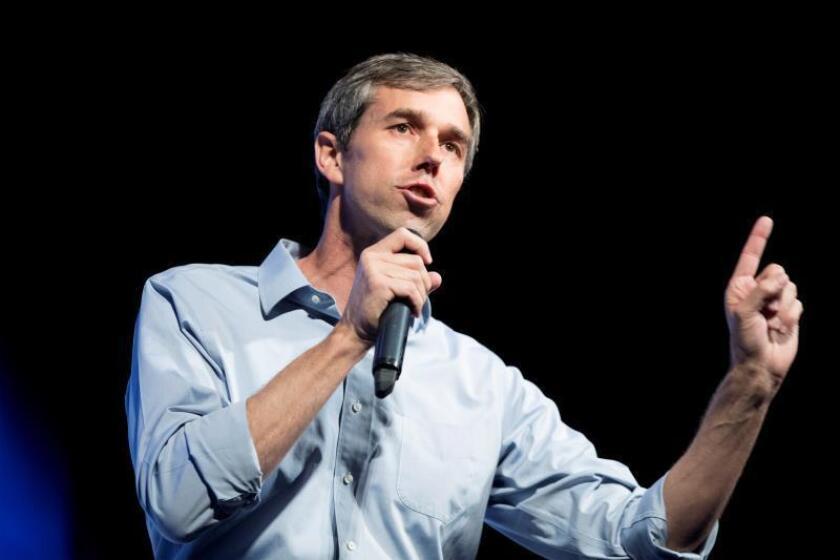 """Beto O'Rourke anuncia un programa para dar la ciudadanía a """"soñadores"""" y TPS"""