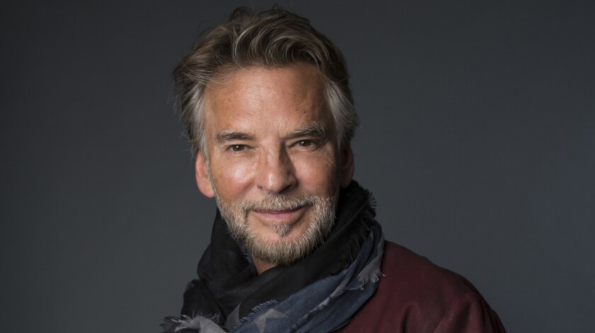 Kenny Loggins.