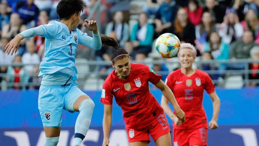 FBL-WC-2019-WOMEN-MATCH11-USA-THA