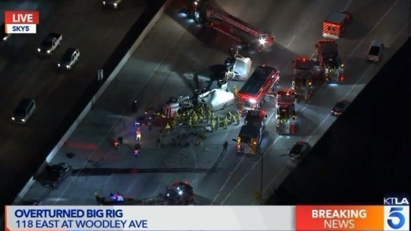 118 Freeway lanes reopen in Granada Hills after hours-long