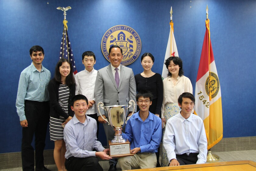 The Canyon Crest Academy Cyber Cup team with San Diego Mayor Todd Gloria.