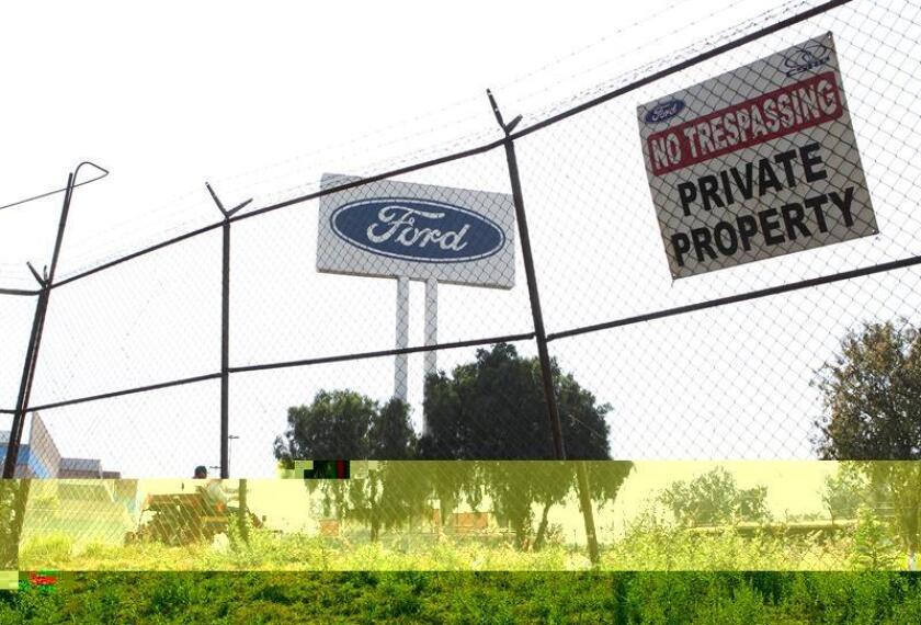 El Gobierno mexicano dijo hoy lamentar que Ford cancelara una inversión de 1.600 millones de dólares para construir una planta en San Luis Potosí, e indicó que controlará que la empresa automovilística reponga los recursos que este estado del centro-norte del país ya destinó al proyecto. EFE