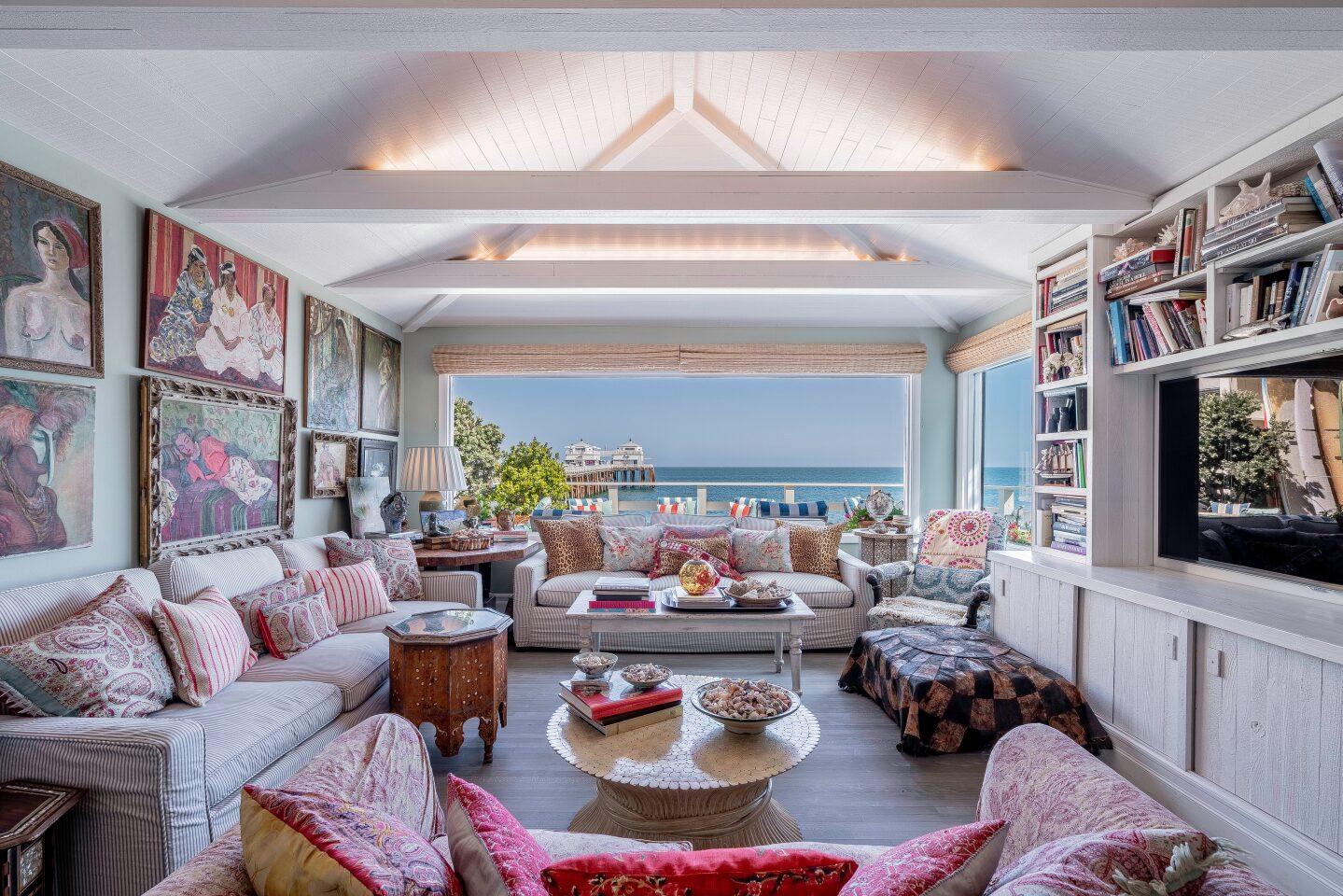 Barbara Billingsley's onetime Malibu home