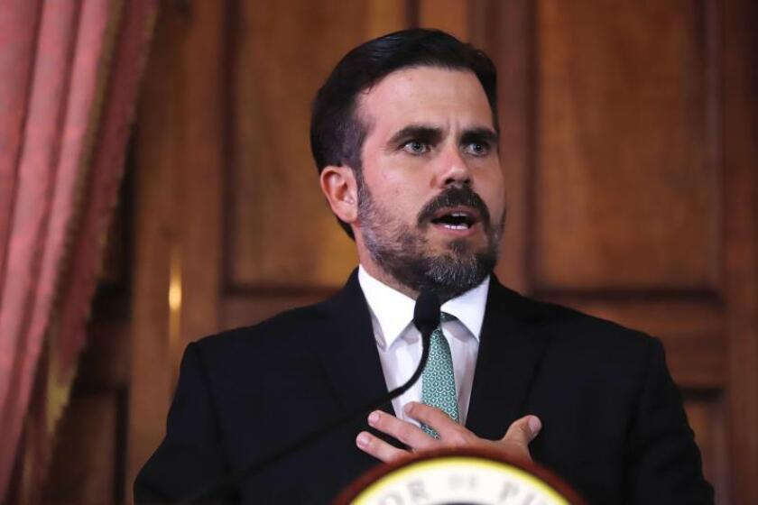 Organización afirma que Rosselló firmó antes irse 2 medidas contra transparencia