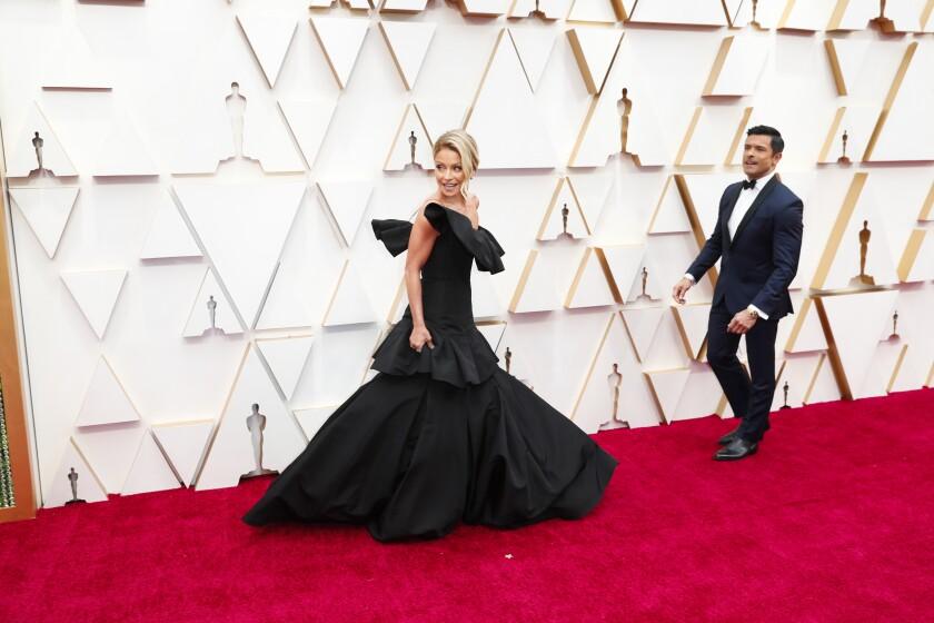 488152_ET_Oscars_Arrivals_JLC_1261-738097-738338.jpg