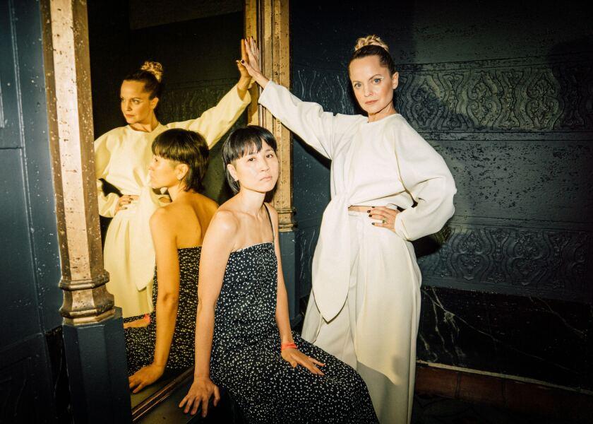 Designer Ran Enda and actress Mena Suvari