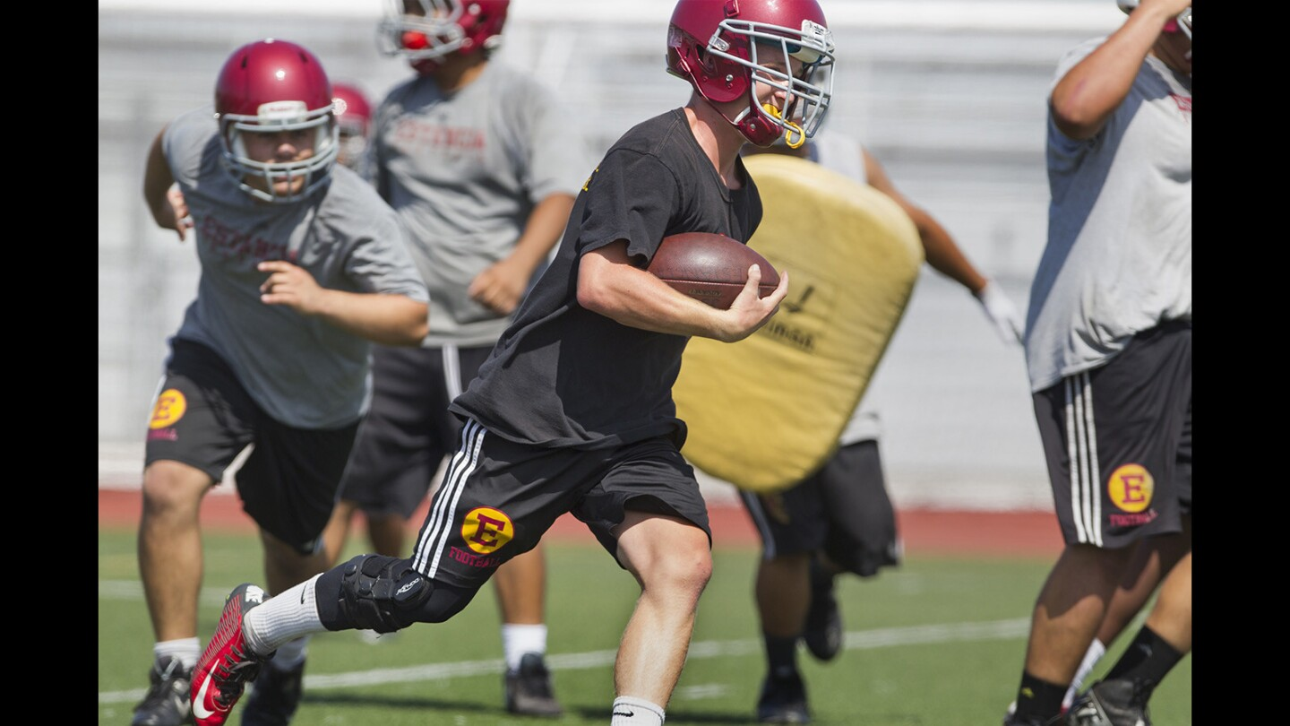 Photo Gallery:  Estancia High football practice