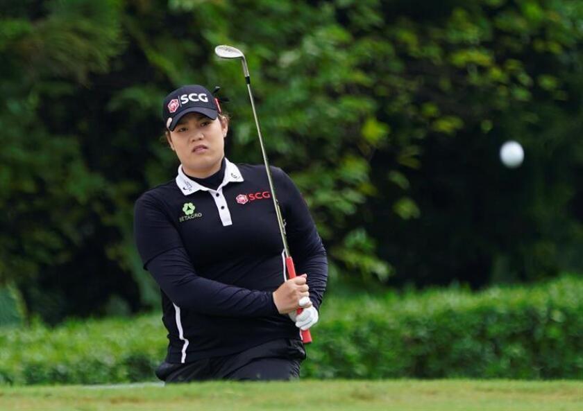 En la imagen un registro de la golfista tailandesa Ariya Jutanugarn, quien ha conseguido su segundo 'major' y décimo título como profesional al ganar el Abierto de Estados Unidos de Golf femenino. EFE/Archivo
