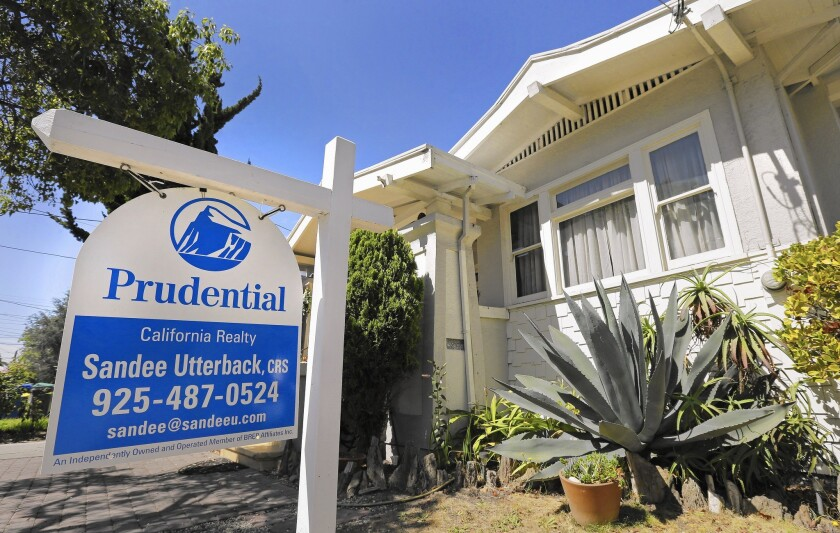 Low mortgage rates spur home loan boom