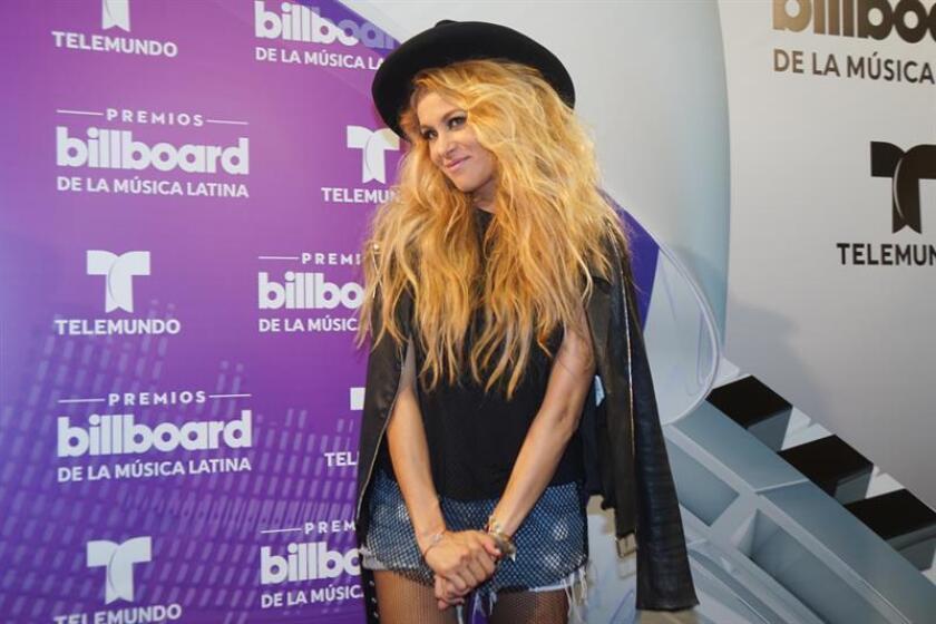 La cantante mexicana Paulina Rubio posa durante la entrega de los Premios Billboard a la Música Latina. EFE/Archivo
