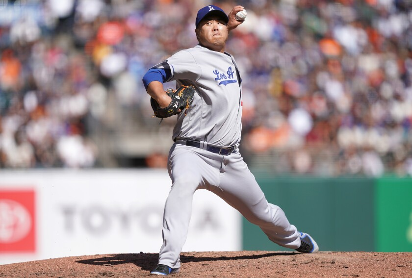 Dodgers pitcher Hyun-Jin Ryu pitches against the San Francisco Giants in the bottom of the fifth inning on Saturday in San Francisco.