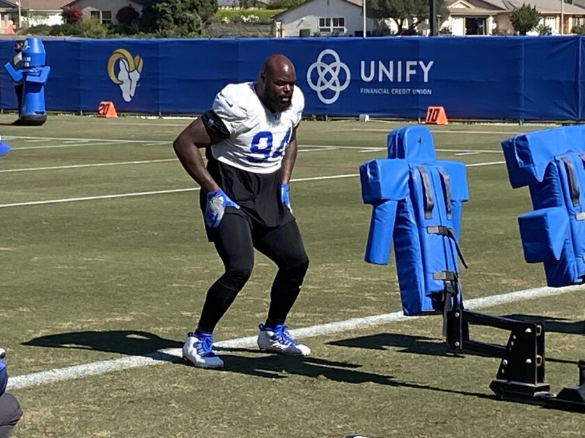 A'Shawn Robinson works out.