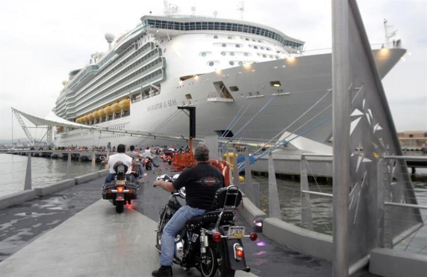 Los consorcios Global Ports Holding, Puerto Rico Cruise Terminals Partners y San Juan Cruise Terminals Partners han cualificado para pasar a la próxima fase de licitación, bajo la fórmula de las Alianzas Público-Privadas (APP), para operar los muelles de cruceros de la bahía de San Juan. EFE/Archivo