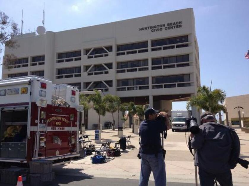 Suspicious substance found in envelope at Huntington Beach City Hall