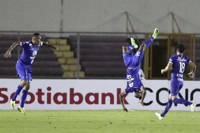 En la imagen, un registro de otra actuación de los jugadores del Árabe Unido. EFE/Archivo
