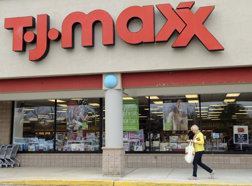 T J  Maxx, Marshalls to boost U S  workers' pay to at least $9 an