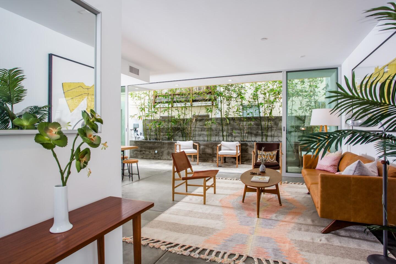 Home of the Day: Custom art, contemporary design in Venice Beach