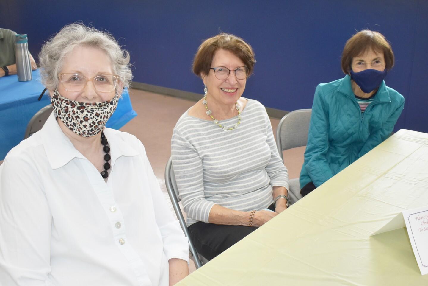 Patti Spence, Rhoda Lavine and Gloria Lave.