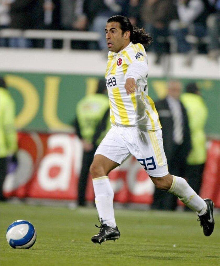 En la imagen, el centrocampista chileno Claudio Maldonado. EFE/Archivo