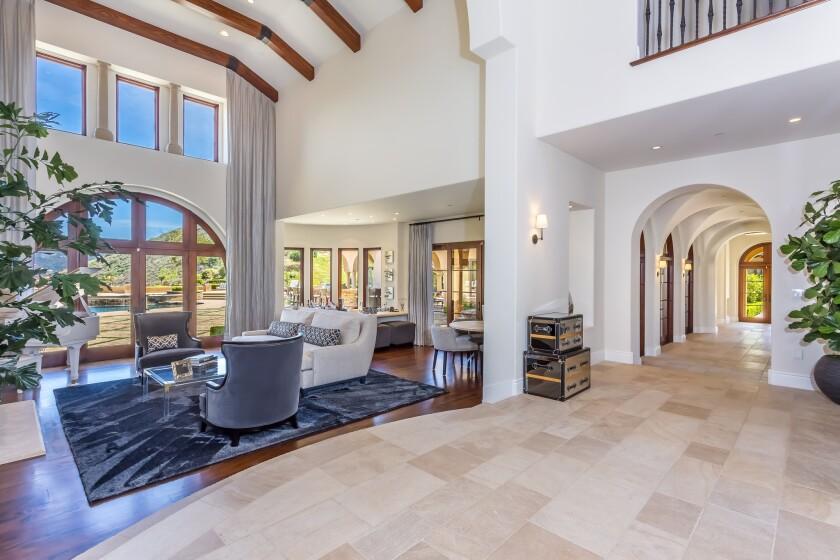 Chris Paul's mansion in Calabasas | Hot Property