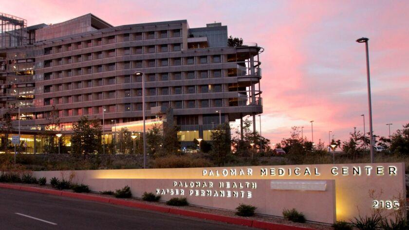 Palomar Medical Center in Escondido at dusk. JAMIE SCOTT LYTLE   jlytle@nctimes.com