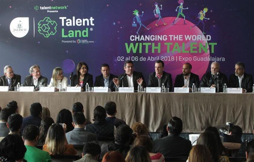 Vista general de una conferencia de prensa de Jalisco Talent Land hoy, miércoles 21 de febrero de 2018, en el hotel San Regis de la Ciudad de México (México). Talent Land es la apuesta del estado mexicano de Jalisco para consolidarse como el ecosistema de innovación más grande de América Latina, al reunir entre el 2 y el 6 de abril próximos a más de 30.000 jóvenes que podrán exponer sus habilidades a las empresas tecnológicas más potentes del mundo. EFE