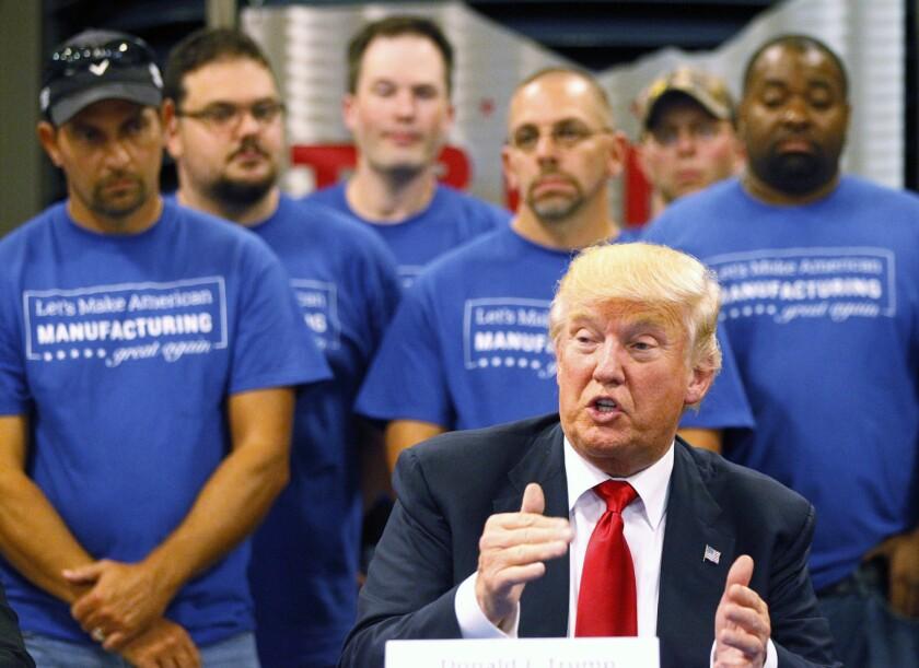 El candidato presidencial republicano Donald Trump en un evento de campaña en Dayton, Ohio, el 21 de septiembre del 2016 (Ty Greenlees /Dayton Daily News via AP, Pool)