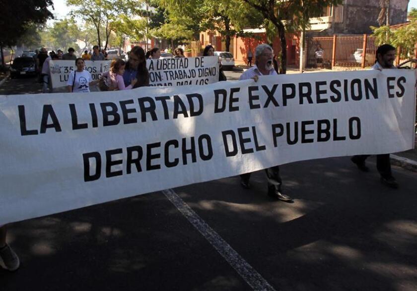 Al menos 11 periodistas fueron asesinados en México en 2017 por su actividad profesional, lo que ubica a ese país, detrás de Siria como uno de los países más mortíferos para la profesión periodística. EFE/Archivo