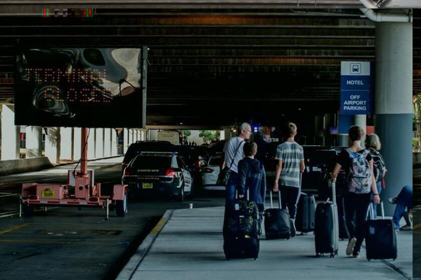 Las autoridades del Condado Broward, donde se asienta el aeropuerto de Fort Lauderdale (Florida), identificaron hoy a Mary Louise Amzibel como la quinta víctima mortal del tiroteo ocurrido en este aeródromo el pasado viernes. EFE/ARCHIVO