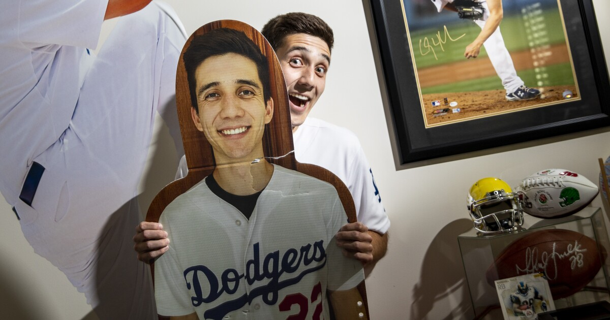 As Dodger Stadium returns to full capacity, a final ode to the fake fans