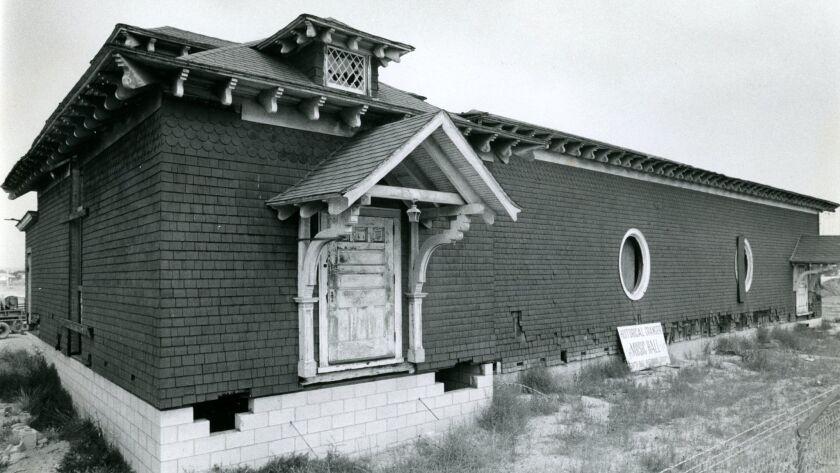 Sept. 30, 1973 _ Granger Music Hall, National City. U-T file photo