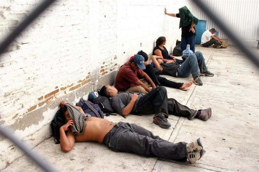 La Policía Federal de México localizó un domicilio en el estado central de Querétaro donde se encontraban 12 personas secuestradas procedentes de Guatemala, Honduras y El Salvador, y fueron detenidos tres individuos que al parecer las custodiaban, informó hoy la Comisión Nacional de Seguridad (CNS). EFE/ARCHIVO