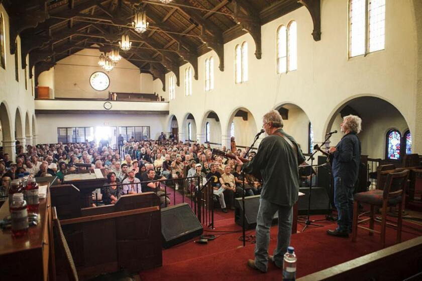 2017 AA Unplugged photo (crowd at Normal Heights Methodist Church)