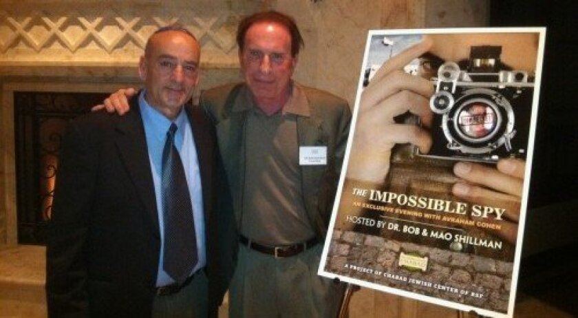 Avraham Cohen with host Dr. Bob Shillman (Photo: Jon Clark)