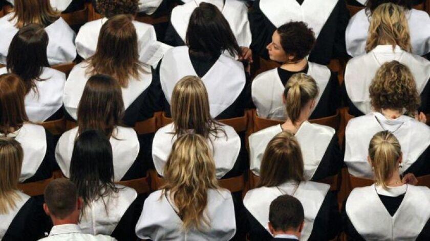 La deuda estudiantil en Estados Unidos alcanzó los US$ 1,3 billones este año, según datos oficiales.