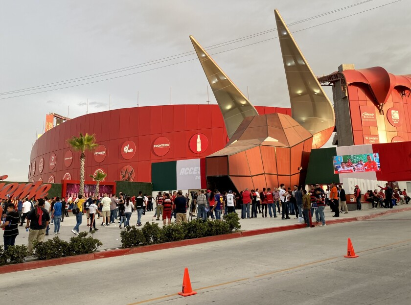 El Estadio Caliente de Tijuana.