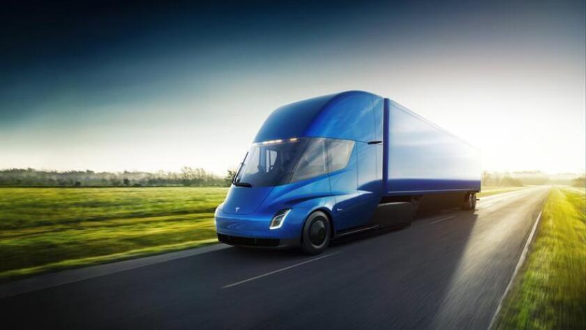 Tesla promete un camión semirremolque eléctrico