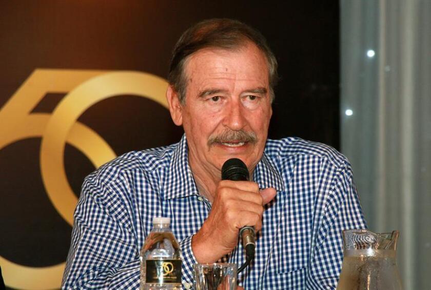 El exmandatario mexicano Vicente Fox habla durante una conferencia de prensa en la Universidad Autónoma del Caribe, el martes 22 de Agosto de 2017, en Barranquilla (Colombia). EFE/Archivo