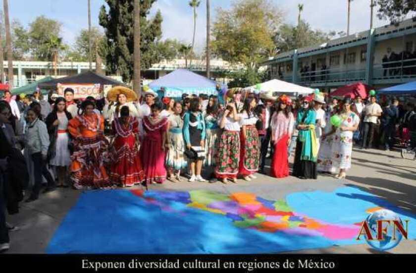 Exponen diversidad cultural en regiones de México