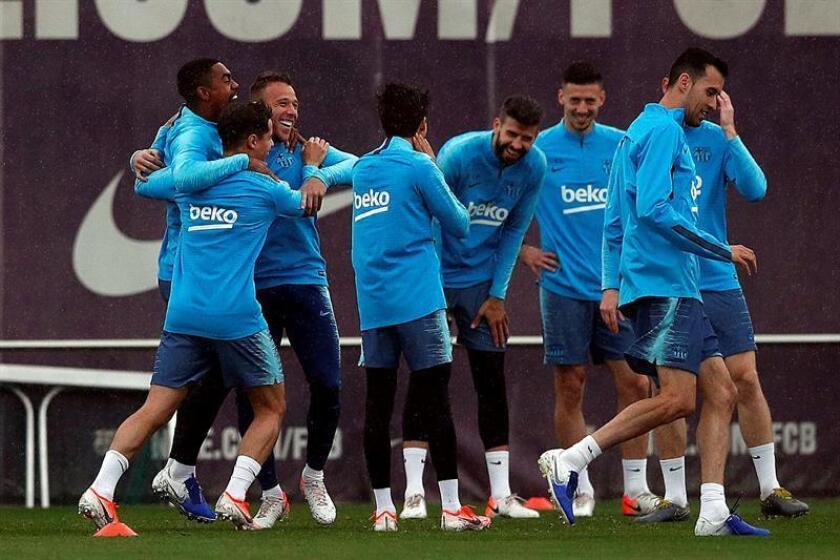 Los jugadores del FC Barcelona durante un entrenamiento. EFE/Archivo