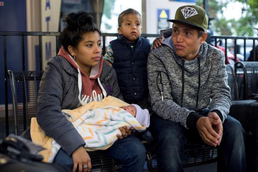 Programa de retorno a México de solicitantes de asilo podría incluir familias