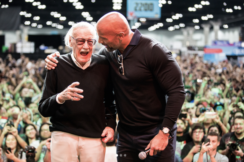 "Stan Lee y Dwayne Johnson ""The Rock""."